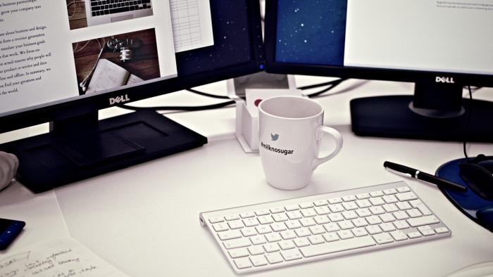 Koffie op bureau